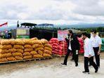 presiden-jokowi-di-humbang-hasundutan-tinjau-food-estate.jpg