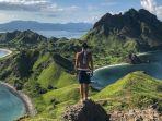 pulau-komodo-satu-destinasi-yang-menunjukkan-keindahan-alam-di-indonesia.jpg