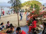 pulau-paropo-diserbut-pengunjung.jpg