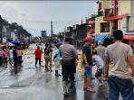 pusat-kota-wisata-parapat-kabupaten-simalungun-diterjang-banjir_banjir-parapat.jpg<pf>banjir-parapat3_foto-banjir-parapat.jpg<pf>banjir-parapat4_foto-banjir-parapat.jpg<pf>banjir-parapat_foto-foto-banjir-parapat_video-banjir-parapat.jpg