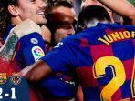 selebrasi-pemain-barcelona-saat-mencetak-gol-ke-gawang-villarreal.jpg