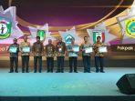 sertifikat-penghargaan-bkn-award-2018-kepada-bupati-pakpak-bharat_20180712_150953.jpg
