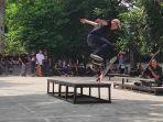 skateboard_lapangan_merdeka.jpg