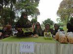 suasana-launching-usaha-produk-armi-dengan-menampilkan-aneka-bazar.jpg