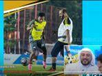 syekh-ali-jaber-main-sepak-bola.jpg