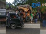truk-pasca-kecelakaan-maut_20181010_154933.jpg