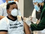wali-kota-tanjungbalai-muhammad-syahrial-saat-di-vaksin.jpg