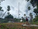 warga-desa-saat-menggunakan-jaringan-internet-di-salah-satu-desa-di-nias.jpg