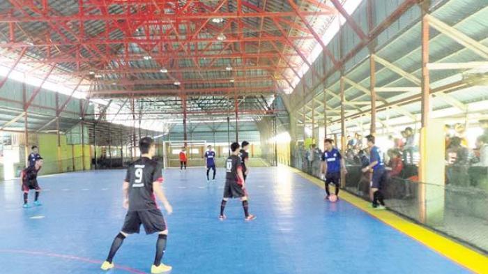 Teknik Listrik Juara Futsal Champions Dies Natalies Poliban XVIII 2015