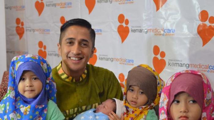 Takut Bayinya Tercekik, Istri Irfan Hakim Caesar
