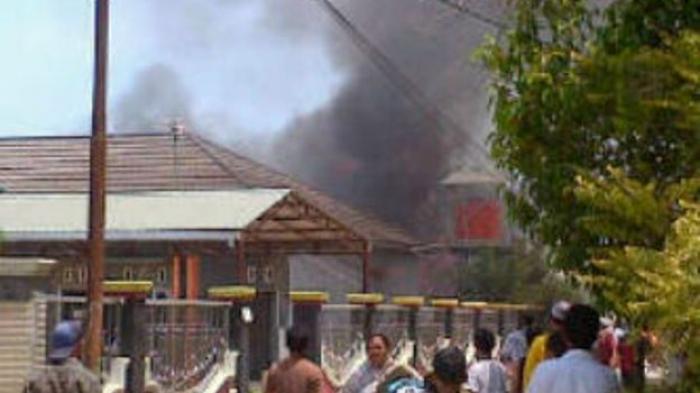 Kebakaran di Tanjung Rema Martapura