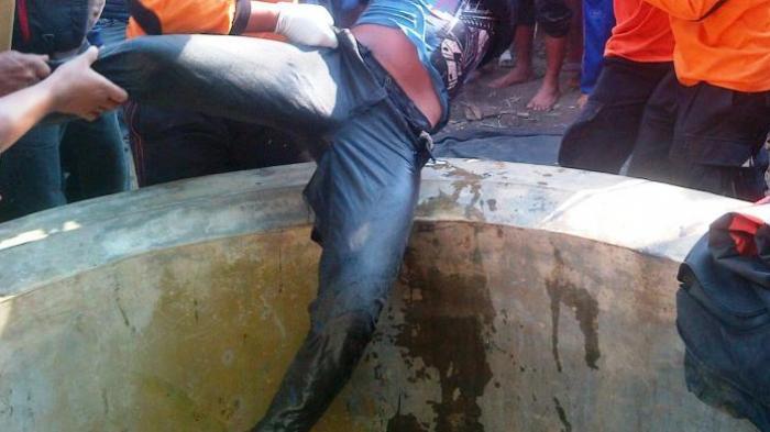 Pamit Wudhu, Seorang Pemuda Bunuh Diri Meloncat ke Sumur