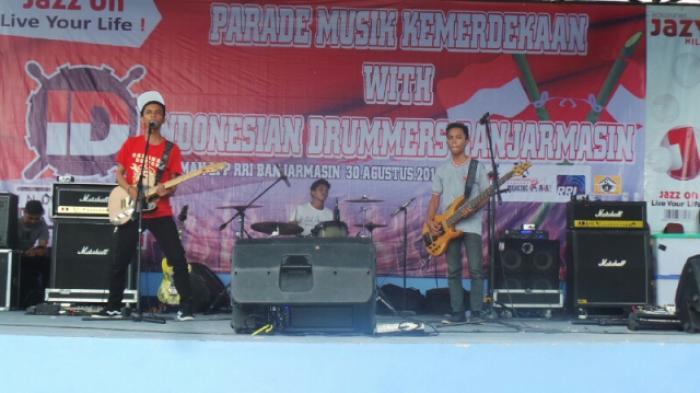 30 Band Meriahkan Parade Kemerdekaan