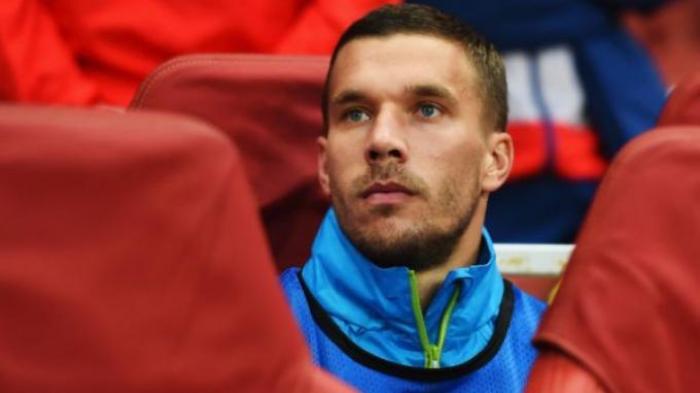 Podolski Tak Takut Bersaing dengan Danny Welbeck