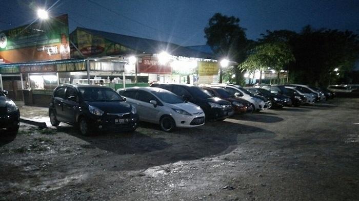 Rumah Makan Ortega di Jalan A Yani Landasan Ulin Mampu Tampung Ratusan Pengunjung