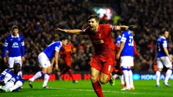 Kalahkan West Ham, Liverpool ke Puncak