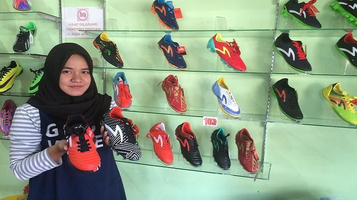 Diskon 5-10 Persen di Toko Sepatu Jaya Sport Handil Bakti
