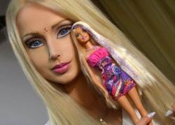 Gadis 'Barbie' Ini Dianiaya Orang Tak Dikenal