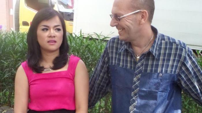 Yunita Lestari Belum Kenalkan Bulenya ke Anak