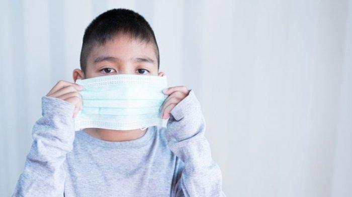 Anak pakai masker cegah Covid-19