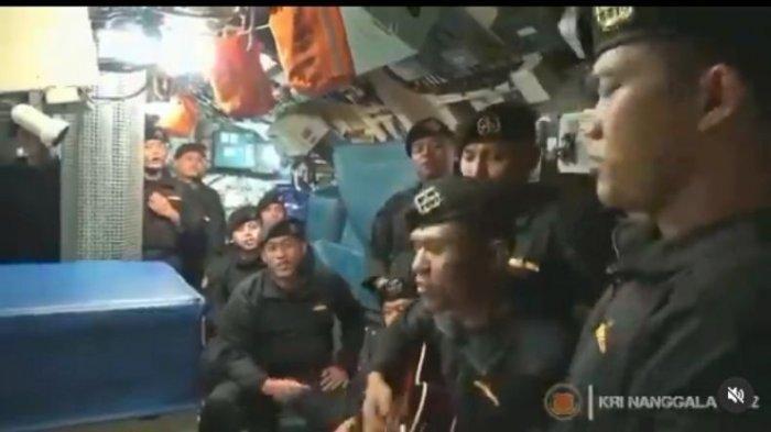 VIRAL Video Nyanyian 'Sampai Jumpa' 11 Awak Kapal KRI Nanggala Terekam: Meskipun Ku Tak Siap Merindu