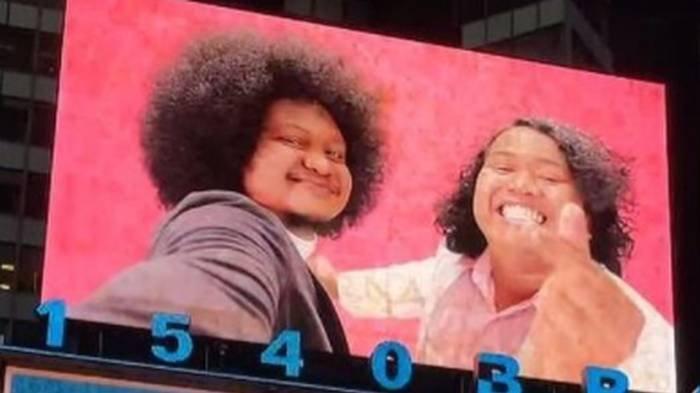 Dihujat Usai Dianggap Tak Tampan, Wajah Babe Cabita & Marshel Widianto Muncul di Billboard New York