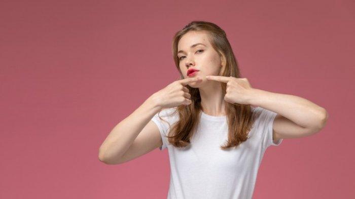 Ingin Menghilangkan Bekas Jerawat Secara Alami? Coba 7 Bahan Ini: Pakai Masker Lidah Buaya & Lemon