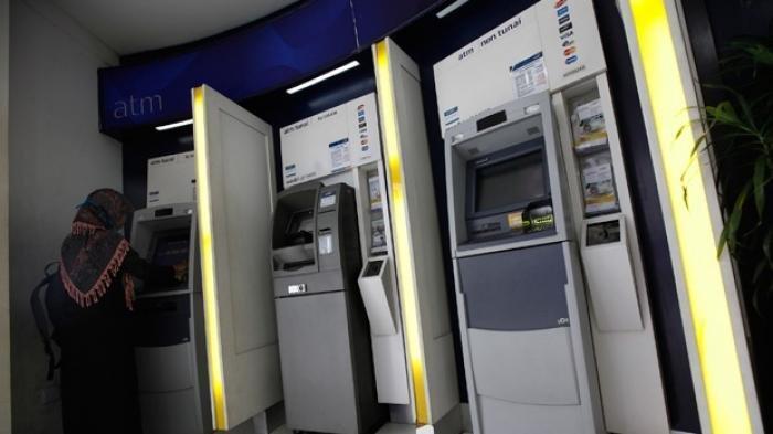 ATURAN Baru Penarikan Uang di ATM, Berlaku Senin 12 Juli 2021, Mulai Ada Batas Maksimal Tarik Tunai