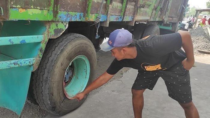 BREAKING NEWS Bocah Usia 12 di Sidoarjo Tewas Terlindas Ban Truk Gandeng, Jatuh dari Boncengan Motor