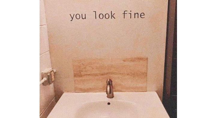 Cermin berganti tulisan