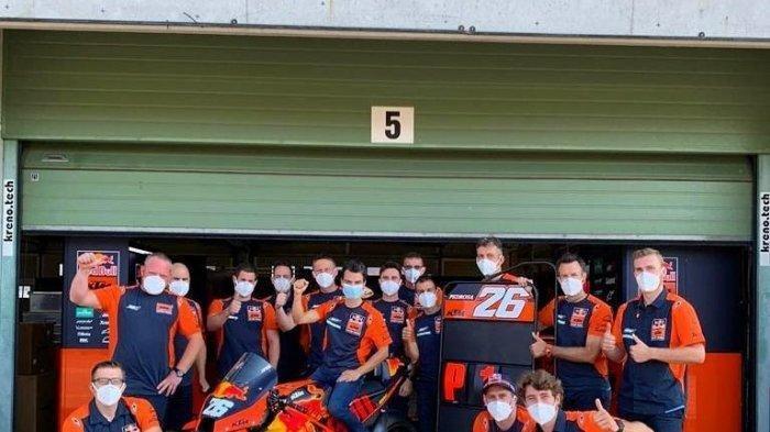 Dani Pedrosa bersama tim KTM