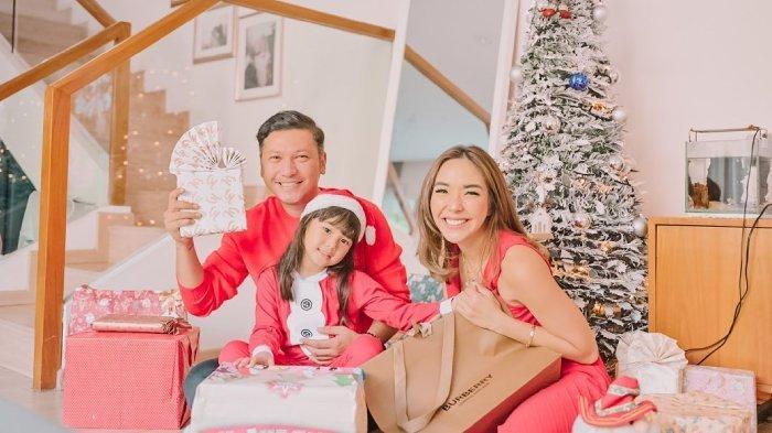 Gading Marten, Gisella Anastasia, Gempita rayakan Natal