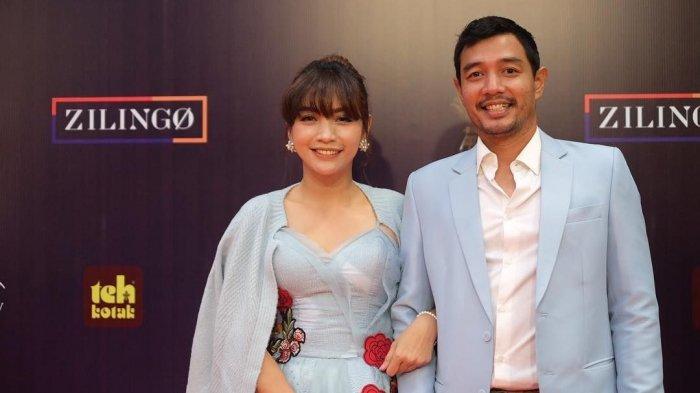 10 Tahun Menikah, Edo Borne Akui Sudah Jatuh Cinta Sejak Hesti Purwadinata Jadi Presenter Olahraga