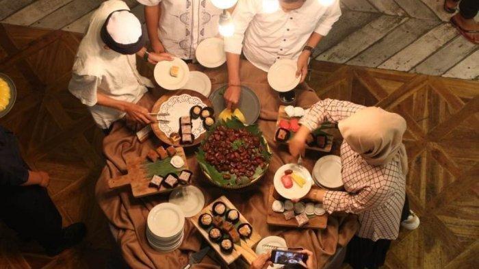 JADWAL Buka Puasa Ke-19 DKI Jakarta: Hari Ini Sabtu 1 Mei 2021 & Waktu Adzan Magrib Ramadhan 1442 H
