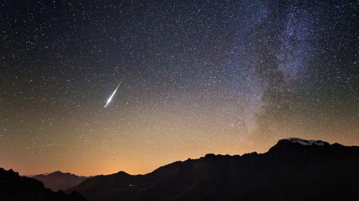 3 Fenomena Langit yang Diprediksi Terjadi di Bulan April 2020: Hujan Meteor Lyrids hingga Supermoon