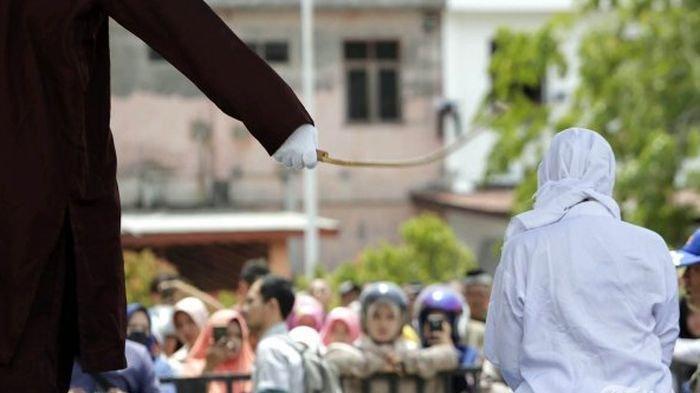 Janda Muda Masih SMP Ketagihan Berzina dengan 25 Pria, Lolos dari Hukuman Cambuk, Ini Alasannya