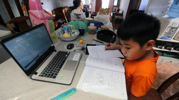 KUNCI JAWABAN Tema 6 Kelas 3 SD/MI, Hal 39 40 41 42 43 44 45 46 47, Berapa Lama Waktu Siti Mengaji?