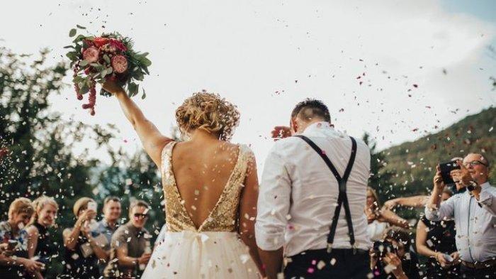 Ilustrasi - tamu menuntut ganti rugi karena tak bisa kerja saat hadiri pesta penikahan