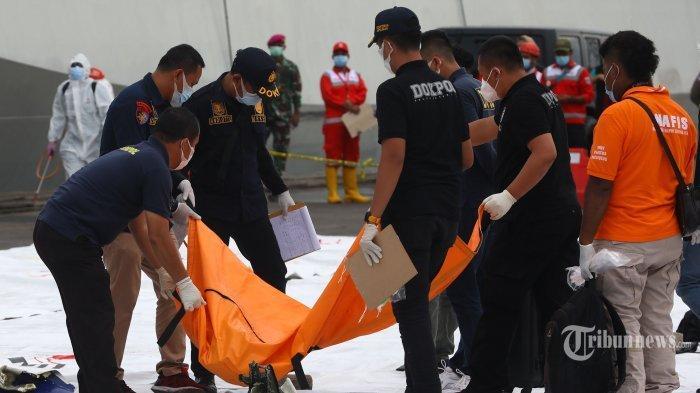 Nama dan Biodata 2 Korban Jatuhnya Sriwijaya Air SJ182 yang Berhasil Diidentifikasi Tim DVI Polri