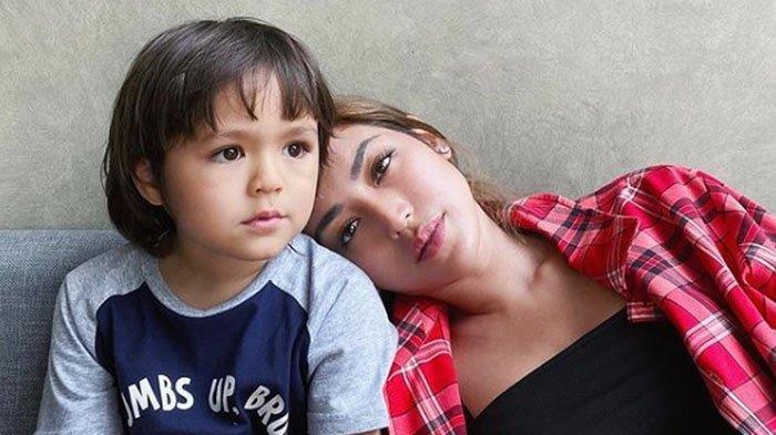 Jessica Iskandar Tiba-tiba Tulis Permintaan Maaf untuk El Barack, Singgung Ikhlas: Mama Sudah Egois