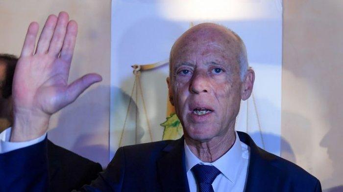 Buka Amplop 'Aneh' yang Dikirim untuk Presiden Tunisia, Kepala Staf Dilarikan ke RS, Diduga Beracun