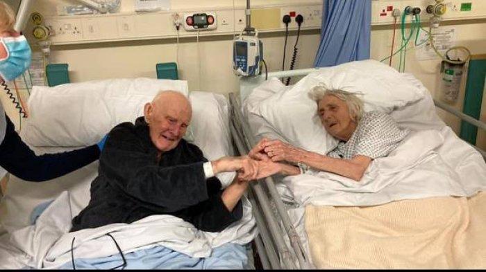 PILU Pasangan Lansia Gandengan Tangan Sebelum Meninggal karena Covid-19, Bukti Cinta Sehidup Semati