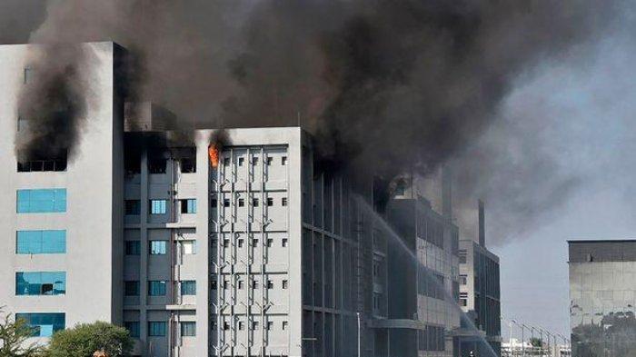 Pabrik Pembuatan Vaksin Covid-19 di Pune India Terbakar, 5 Orang Meninggal Dunia