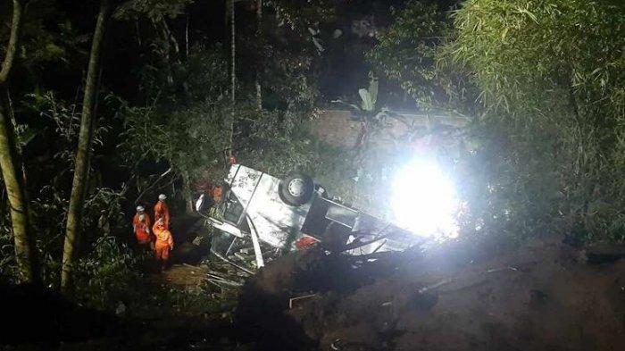 UPDATE Kecelakaan Bus Masuk Jurang di Tanjakan Cae Sumedang: 27 Tewas, Sopir Meninggal di Lokasi