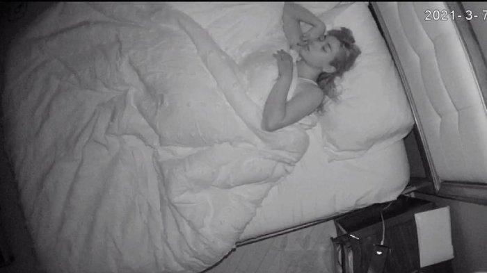KETAKUTAN, Pengasuh Laporkan Majikan, Ternyata Diam-diam Lakukan Ini saat Tidur, Temukan Rekaman Ini