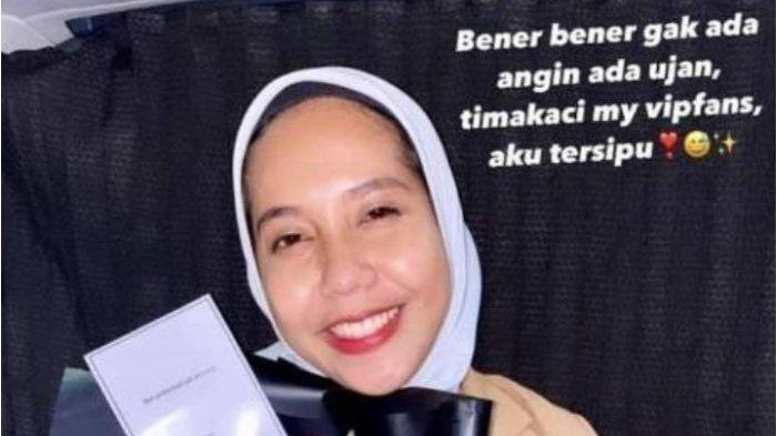 BOCOR Tulisan Nadya Arifta Soal Kencan Pertama dengan Mr Hadiah, Benarkah Kaesang Pangarep?