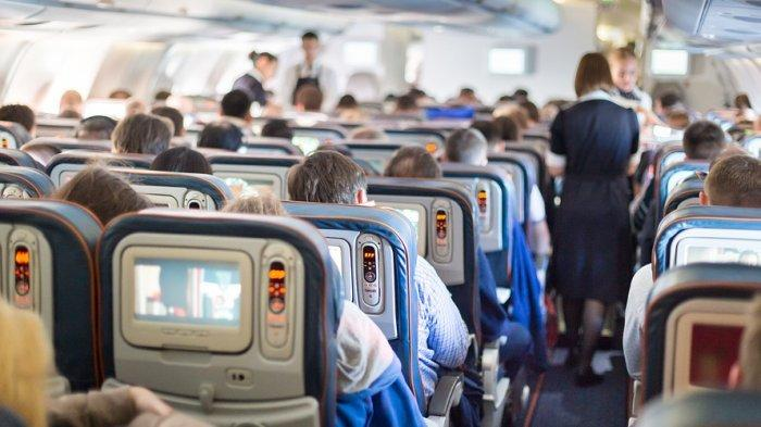 Nekat Naik Pesawat, Seorang Penumpang yang Sedang Sakit Malah Sebarkan Virus Corona ke 15 Orang Lain