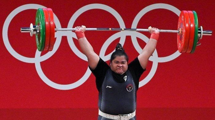 Nurul Akmal, atlet angkat beban asal Indonesia, urutan lima dunia