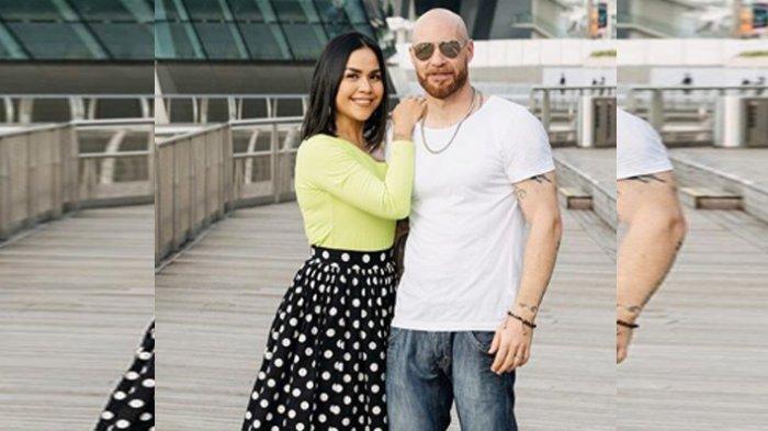 Curhat Melaney Ricardo Semakin Khawatir Suami Tak Bisa Pulang ke Indonesia di Tengah Wabah Corona