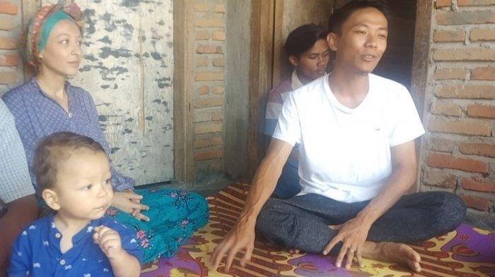 Kisah Cinta Wanita Perancis dan Pria Lombok Hingga Menikah: Berawal dari Panjat Pohon, Awalnya Cuek
